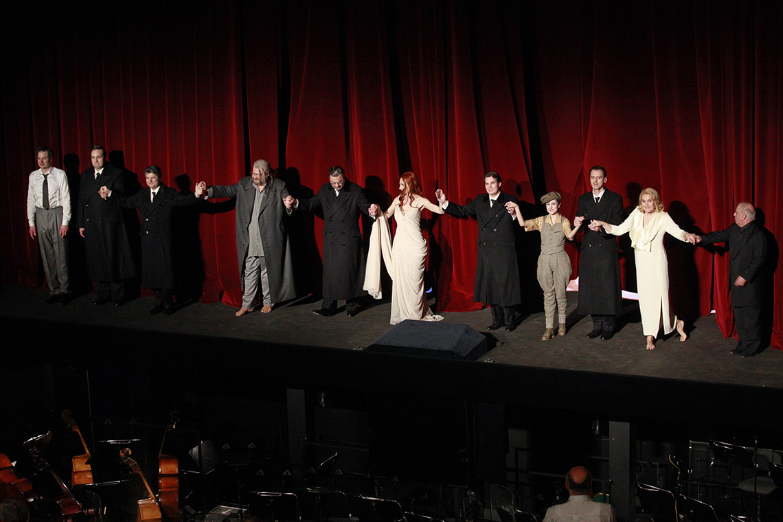 Applausfoto der Premiere »Tannhäuser« in der Staatsoper Berlin. Foto: Thomas Bartilla.