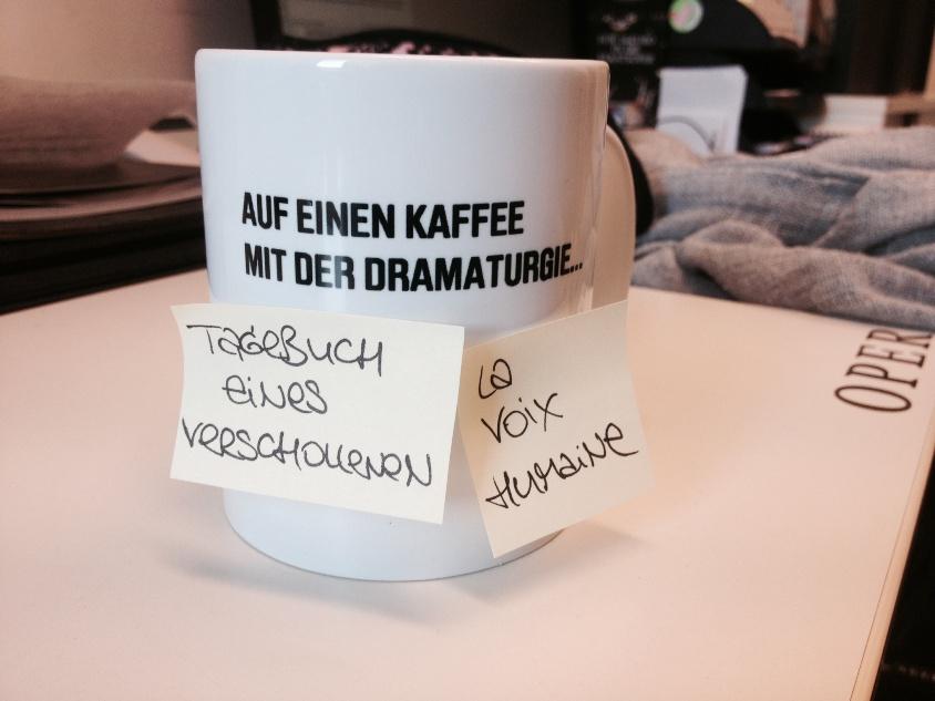 Auf einen Kaffee mit der Dramaturgie - Tagebuch eines Verschollenen | La voix humaine