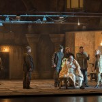 Sónia Grané, Jonathan Winell und Grigory Shkarupa als Knappen an der Seite von Wolfgang Koch, Anja Kampe und René Pape in »Parsifal« (2015)