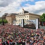 Staatsoper für alle auf dem Bebelplatz begeisterte erneut über 40.000 Menschen - über 440.000 sahen das Konzert per Live-Stream und Übertragung auf arte