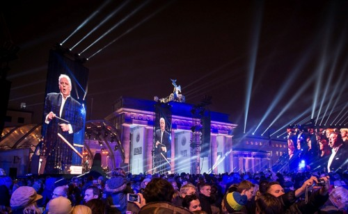 Daniel Barenboim beim Jubilmäumskonzert zum Fall der Berliner Mauer 2014 - Foto: Bundesregierung / Bergmann
