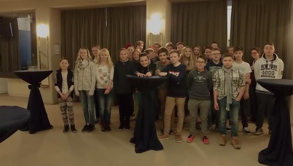 Klasse 8-4 des Friedrich-Wilhelm-Gymnasiums Königs Wusterhausen