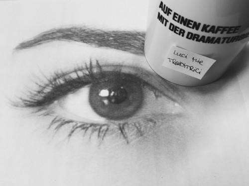 Auf einen Kaffee mit der Dramaturgie - Luci mie traditrici