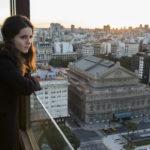 Solo-Oboistin Cristina Gómez Godoy auf der Dachterrasse des Hotels - mit Blick auf das legendäre Theater